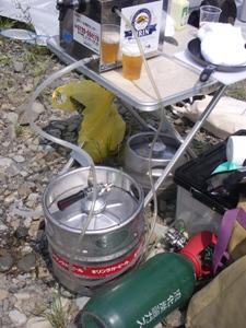 beer%20server.JPG